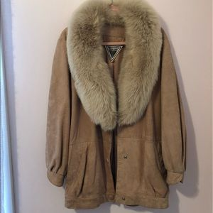VINTAGE COAT: heavy and warm, leather and fur